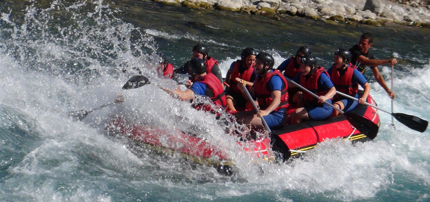 Rafting, one of the most exciting activities to experience near Monte Grappa